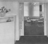 Flat Watteaustraat, doorkijkje van de eetkamer naar de zitkamer