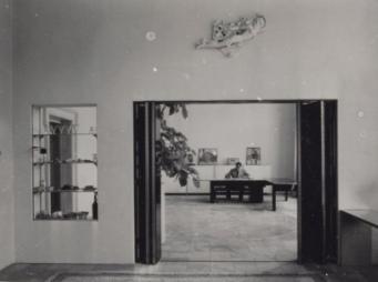 Ad Grimmon in zijn werkkamer