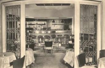 Sunny Bar in Savoy
