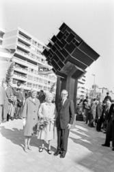 Ad Grimmon P 1965 Oplevering moument vaz diaz Herman van der Heide Weesperstraat 2