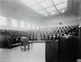 Collegezaal Röntgengebouw Wilhelmina Gasthuis